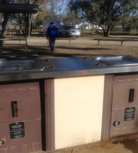 BBQs and Picnic Shelters, Walgett Free Camp