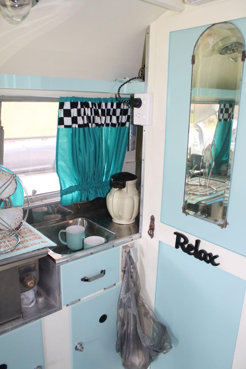 Vintage Caravans Shellharbour | Marg and Rob Caravanning